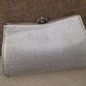Handbags - Lovely vintage silver metallic clutch purse